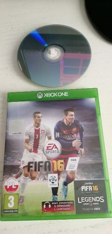 Gra na Xbox One FIFA 16