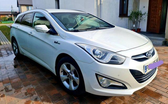 Sprzedam Hyundai i40 1.6 benzyna 2012r