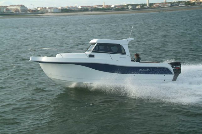 Mira Ria, 8,00 mts- novo, com motor 250cv.