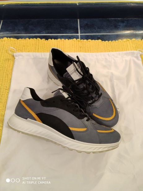 Кросівки для міста ECCO 42 р на стопу до і 27 см