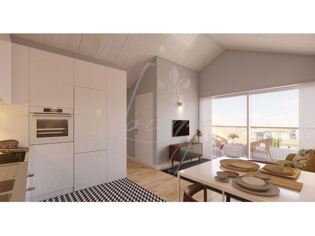 Apartamento T1 com Varanda– Fração M – Praia da Frente Az...