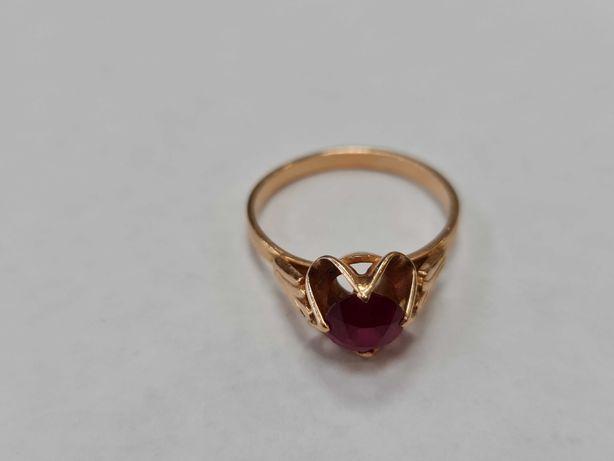 Wyjątkowy złoty pierścionek damski/ Radzieckie 583/ 3.27 gram/ R18