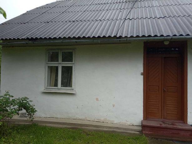 Продается часть дома в центре пгт. Богородчаны
