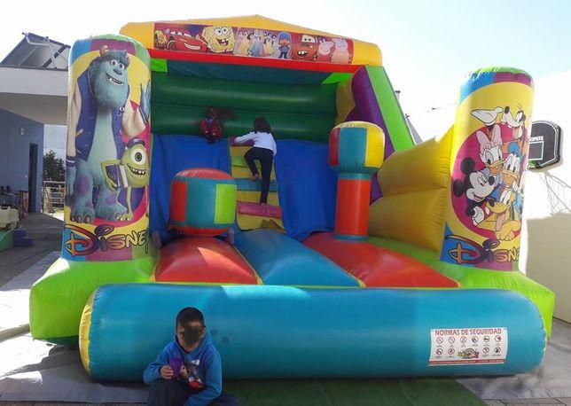 aluguer de insuflaveis , trampolins e mascotes