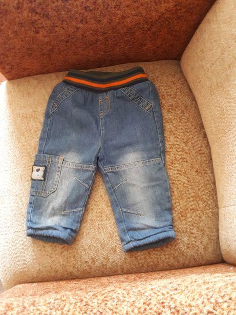 Spodnie chłopięce ocieplane roz 74