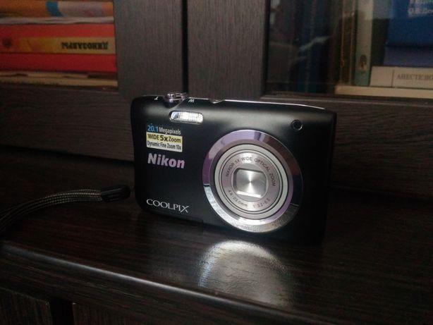 Цифровой фотоаппарат Nikon Coolpix A100 black + сумочка в подарок!