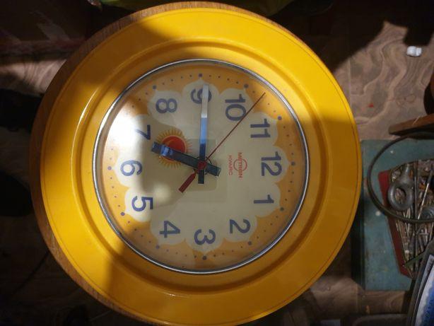 Zegar ścienny kuchenny metron kwarc PRL