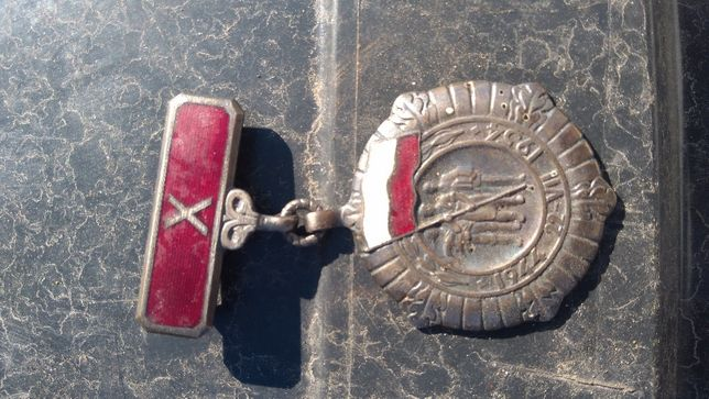 2 odznaki