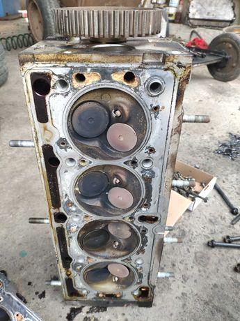 Головка блоков цилиндров  Renault Logan 1.4 8 к-в