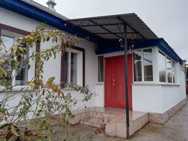 Дом в селі В.Бурімка, Чорнобаївського р-ну.