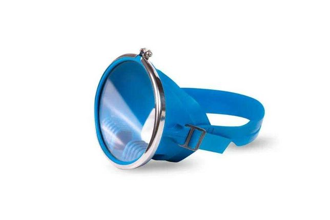 Продаю Маска для подводного плавания (Глубинка синяя)