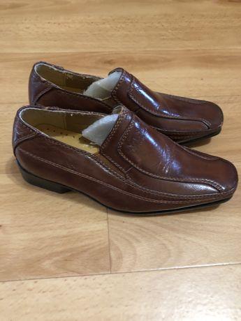 Туфли на мальчика 26