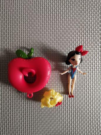 Mini laleczka z akcesoriami Disney Princess Śnieżka