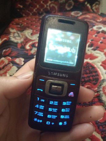 Samsung SGH-B 130.  Рабочий!
