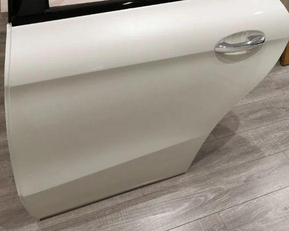 Двері задні Mercedes GLE Coupe 292