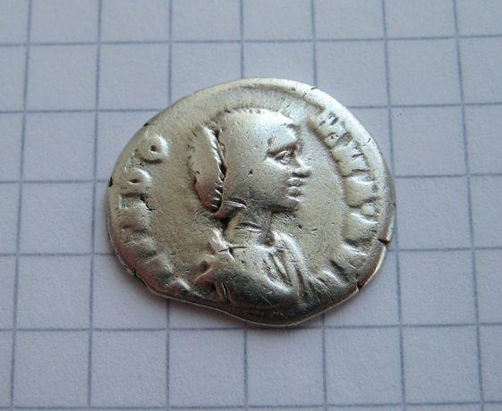 Оригинальный подарок - нечастая монета Римской империи в сохране!
