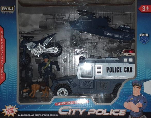 Полицейский набор, машина, лодка, байк, мэн с собакой