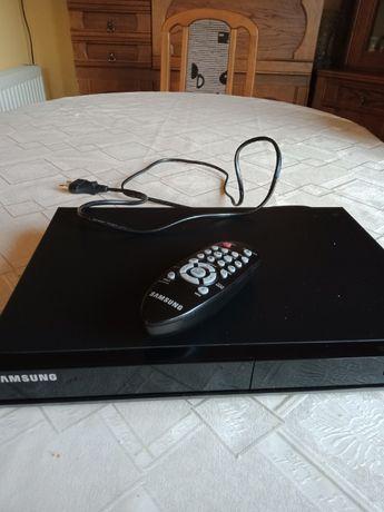 sprzedam odtwarzacz DVD Samsung