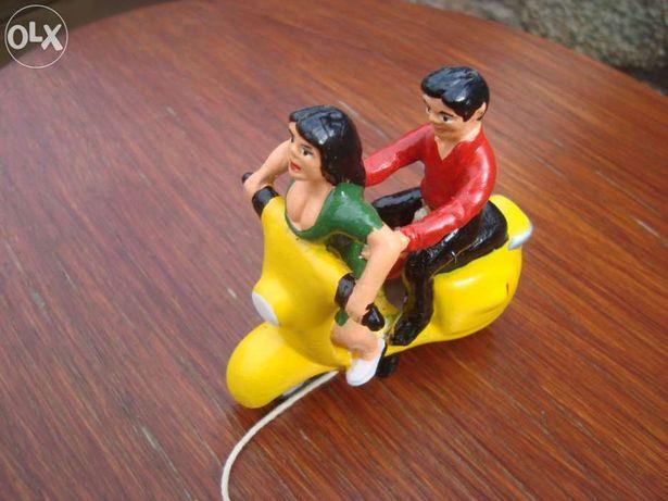 Scooter erótica vespa lambretta heinkel