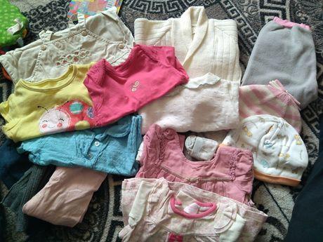Пакет одежды для девочки 0-3-6 мес