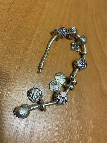 Продам оригинальный серебряный браслет PANDORA с шармиками