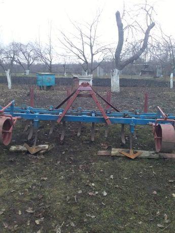 Культиватор навісний тракторний ЮМЗ-МТЗ