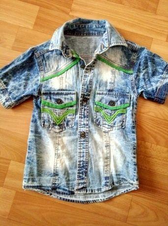 Продам детскую джинсовую рубашку