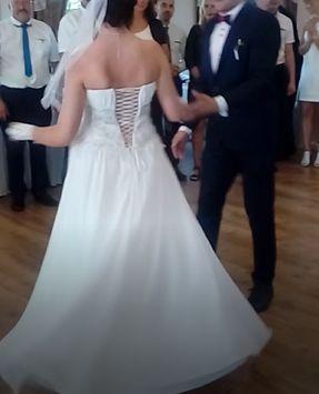 suknia ślubna lekka zwiewna typu greckiego biała