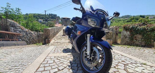 Yamaha FJR 1300 03