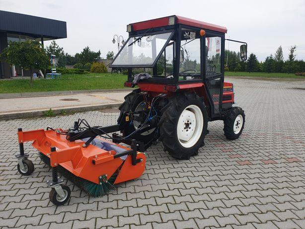 Usługi traktor oprysk/zamiatanie maszynowe/odśnierzanie/koszenie
