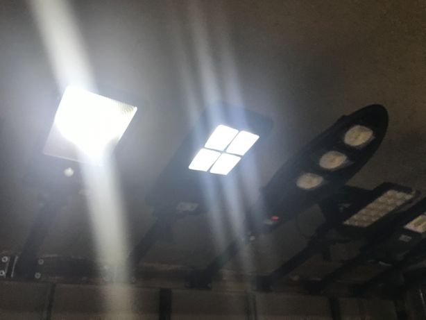 Lampa Solarna 40W 60W Jedna cena Pilot do Ogrodu Uliczna czujnik Ruch