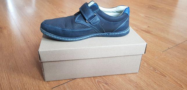 Buty chłopięce rozmiar 35