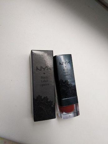 Помада от NYX Black Label Lipstick 148 Mahogny