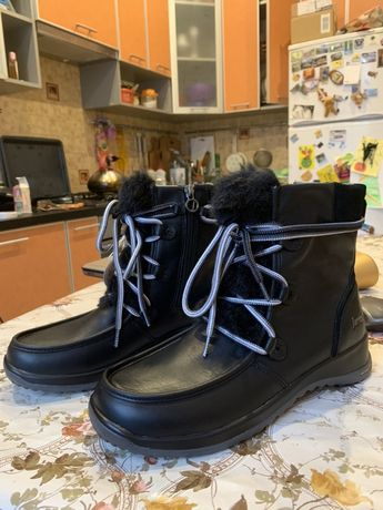 Продам Зимние ботинки Jambou
