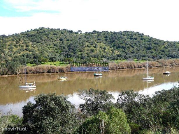 Terreno vista Rio Guadiana para 1-2 Moradias. Portugal, Faro, Alcou...