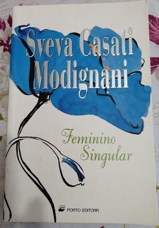 Livro feminino singular