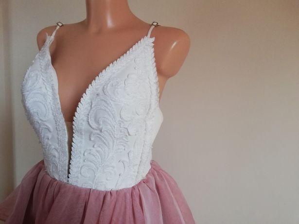 Sukienka Lou leara pudrowy róż biel /XS/S/M Siwiec