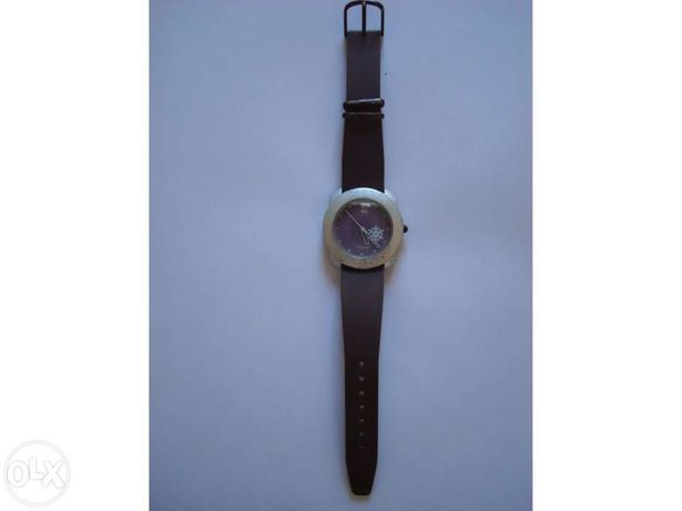 Relógio Benetton Bulova
