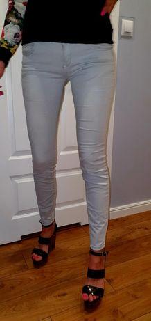 Spodnie jasnoszare