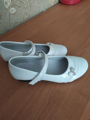 Туфельки, босоножки, детская обувь для девочек