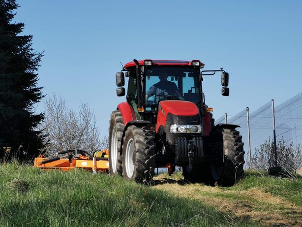 Koszenie łąk, działek, traw i nieużytków - kosiarka bijakowa