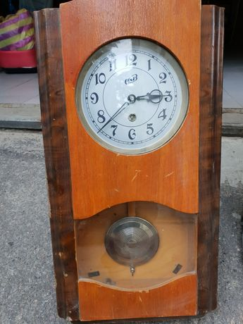 Продам старые часы
