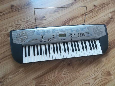 Keyboard Casio stan idealny