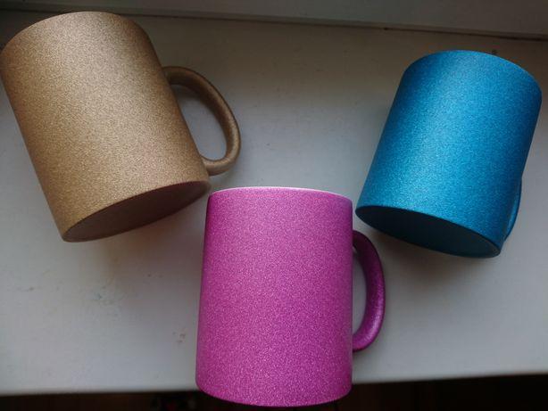 Чашка с глиттером  Подарок девушке