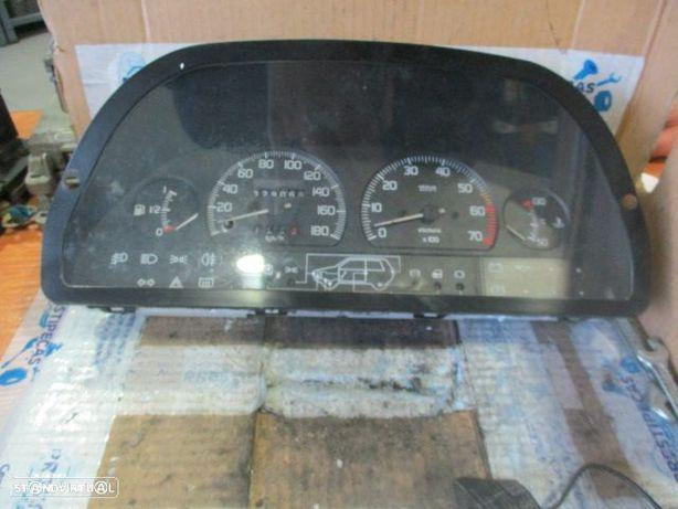 Quadrante 6046070040C1 FIAT / UNO / 1988 / 60 / KM/H / 329069 /