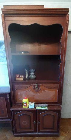 Отдам шкафчик (одну секцию от стенки)