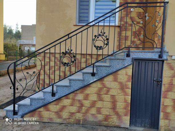 Balustrady, kowalstwo artystyczne oraz wzory modernistyczne