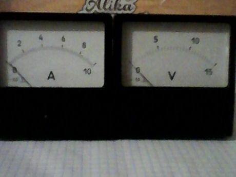 Амперметр 10А, вольтметр 15V на зарядное