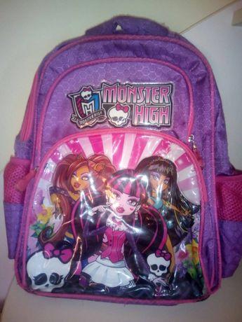 Отдам рюкзак для младшей школы и сумочка для перекусов, мелочей
