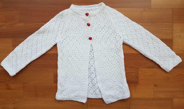 Piękny sweterek dla dziewczynki, rozmiar 110